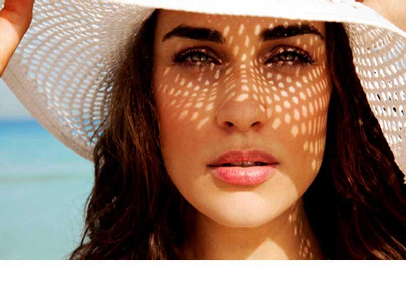کرم ضد آفتاب | استفاده از برنزه کننده صورت | زیر سازی پوست |داشتن آرایش ملایم | استفاده از لوازم آرایشی ضد آب |