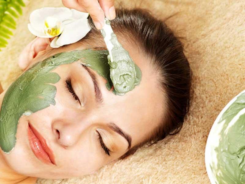 لایه برداری پوست چیست | روش استفاده از اسکراب | نکاتی درباره لایه برداری پوست | روش های لایه برداری پوست | لایه بردار خانگی پوست | لایه بردار قوی پوست |.