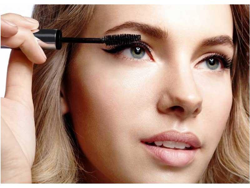 آرایش سریع برای خانم های کارمند | درخشندگی پوست | استفاده از کرم پودرها | آرایش چشم ها | استفاده از فرمژه | مراقبت از پوست | فروشگاه اینترنتی آرایش سرا